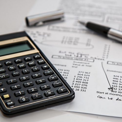 3 Reasons You Should Outsource Accounting and Payroll Services