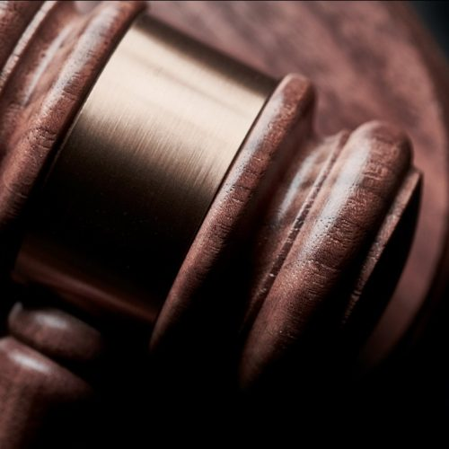 Litigation 101: Which Expert Witness Consulting Service Should I Hire?