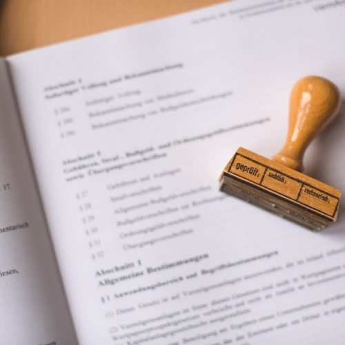 How to Choose the Right Company for Certified Translations