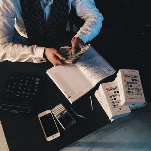 4 Reasons Why Your Company Needs Accounting Services